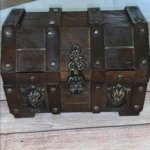 Vintage 70's Treasure Chest Jewelry Box